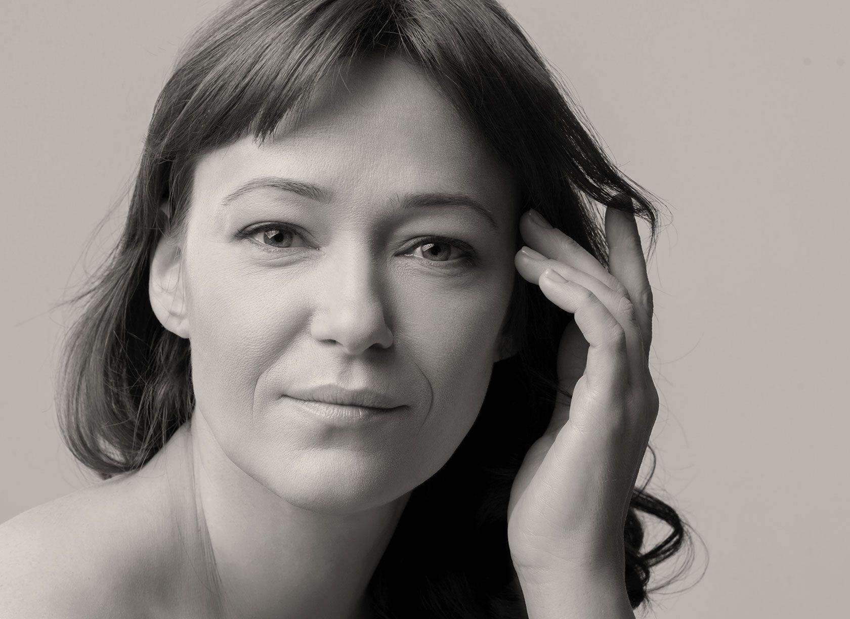 Redéfinir l'ovale du visage avec l'acide hyaluronique à Paris 8 du Dr Pachet